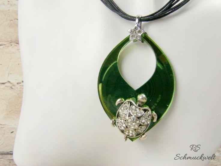 Schildkröte Anhänger grün Acryl Blattanhänger Strass Spiegelacryl Tieranhänger Halsband Halskette Baumwollband kurz Geschenk Liebhaber von RSSchmuckwelt auf Etsy