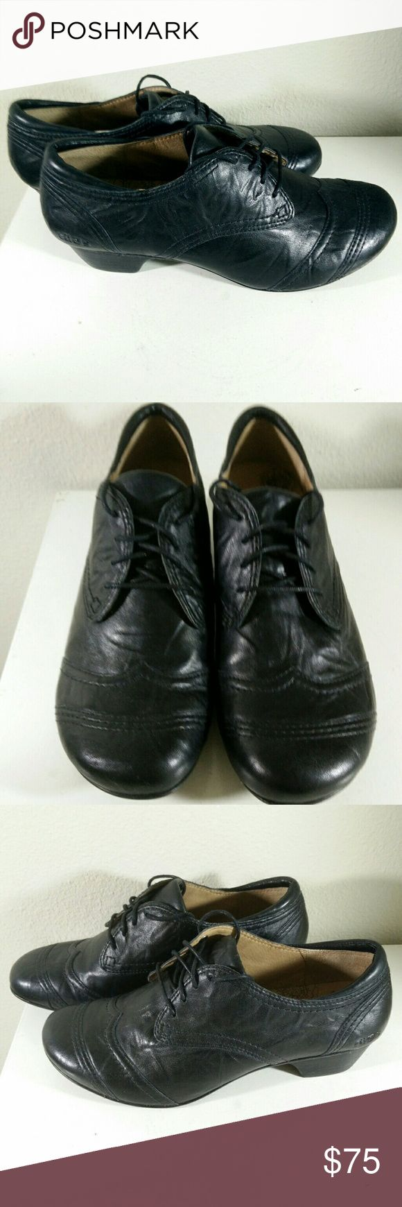 Taos Jive 2 Black Leather Oxford Shoes Great looking high end shoes - very comfortable and in beautiful condition with no flaws to note... Taos Footwear Shoes