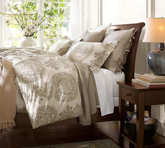 Valencia Ii Sleigh Bed Pottery Barn Less Expensive Less Pronounced Sleigh Curve Lockwood