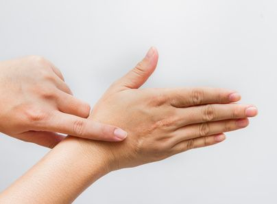 (DGIwire) – Dermatologists use lasers to treat wrinkles, acne scars and pigmented lesions. But do they also have the power to rehabilitate the most disfiguring of burns and other scars? Yes, according to Dermatology Times, which recently spotlighted how scar therapy can make a tremendous difference in the lives of burn and trauma patients. The …
