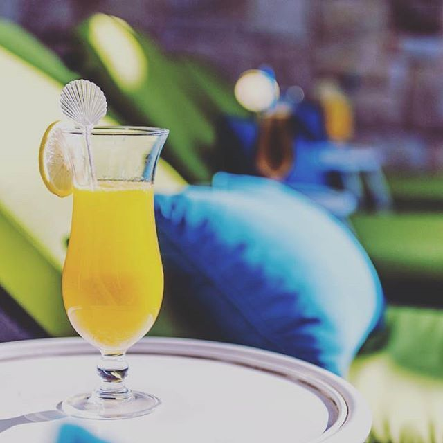 Nothing quite as refreshing as starting your #morning with a glass of #orangejuice at #thefairwayspa #randparkgolfcourse #refreshing