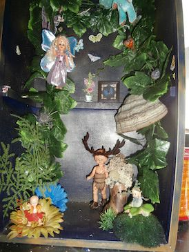 Atelier Artyk. Expositie van Elfen, fantasy figuren, kostuums, schilderijen, sculpturen en de mogelijkheid uw kinderen te laten omtoveren tot fantasie figuur met grimage op de Mystical Fantasy Fair