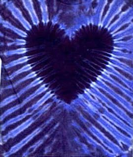 Making Art: Tulip & Heart Tie Dye- the youtube doesn't show how to get these gorgeous stripes...is there a trick? Tks!