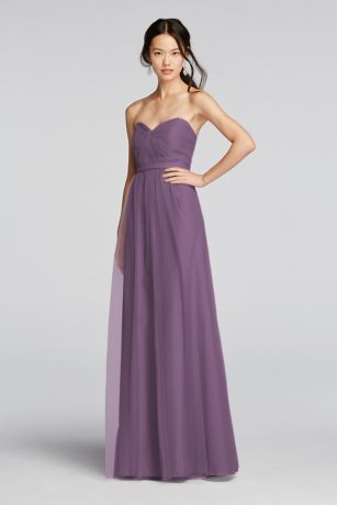 Effortlessly chic, this tulle bridesmaid dress will be one to remember!  Soft, knotted sweetheart neckline accentuates the bustline.