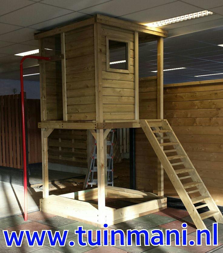 Kids, kinderen, buiten spelen, speelhuis, trap, en brandweerpaal.  Geplaatst en verkrijgbaar bij tuinmani #tuinmani @tuinmani www.tuinmani.nl