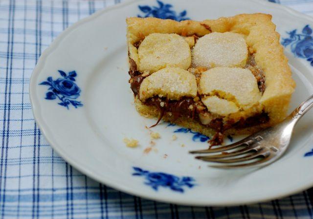 Nutella-Hazelnut TartNutellahazelnut Tarts