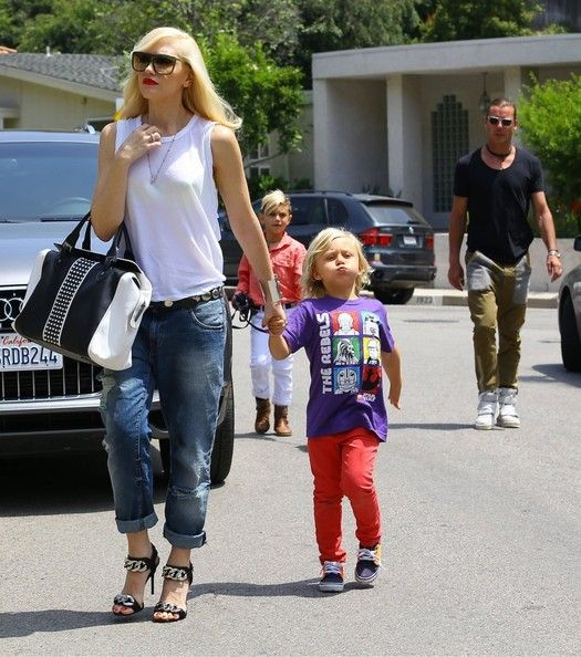 Gwen Stefani and Gavin Rossdale take their boys Kingston and Zuma to a birthday party and later take them to her parents house