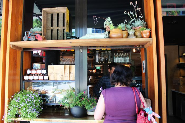 coffee-window-mocan-and-green-grout-canberra-coffe1.jpg 700×467 pixels