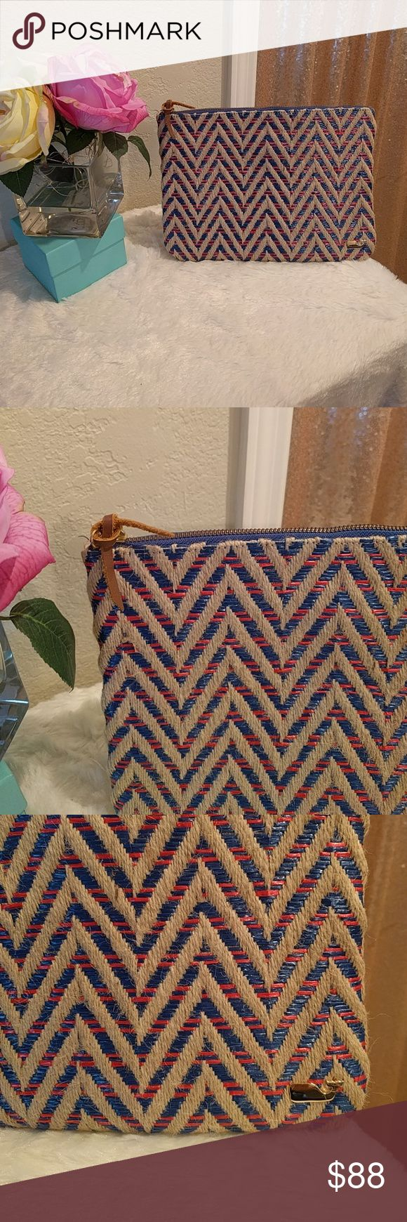 """Vineyard Vines Women's Chevron Straw Clutch Details:  •Red and blue woven through purse •Zip closure  (Small blue mark above pictured)  •Gold whale on the lower right side •Exposed gold zipper •60% linen /pp straws Lining: 100% polyester  •11"""" x 8"""" •Interior zipper zipper •Made in China •Never used Vineyard Vines Bags"""