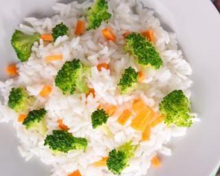 Riz blanc aux carottes et brocoli