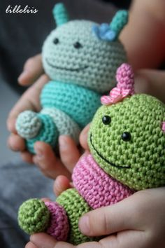 Caterpillar rattles for babies. Free crochet pattern. Scroll to comments section for download link.