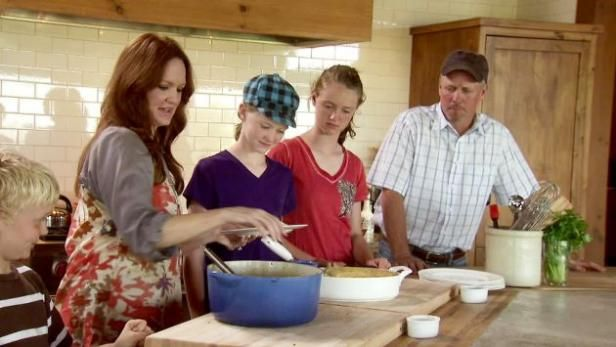 Watch The Pioneer Woman: Full Episodes from Food Network