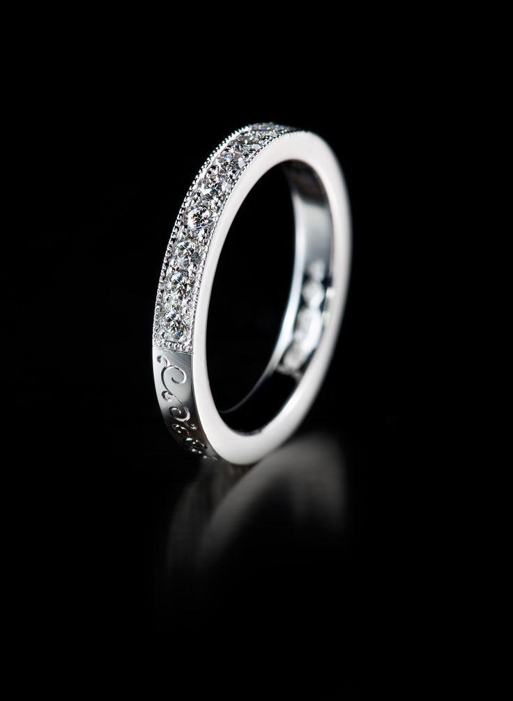 Oy Tillander Ab diamond ring, http://www.tillander.fi/ #tillander #diamond #ring #whitegold #wedding #engagement