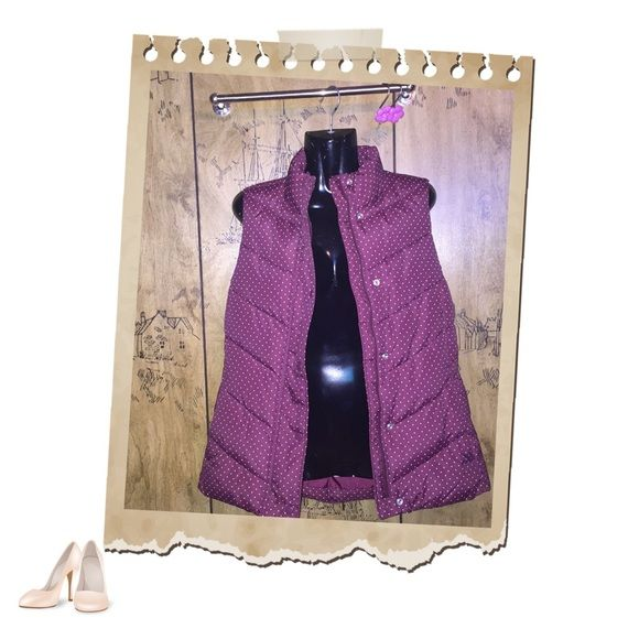 GAP Polka dot Vest Super adorable Maroon/ Purple Polka dot Bubble vest. GAP brand, known for it's amazing quality in items. Size small ! Great like (🆕) condition. Zipper & button closure😽🍇  ☮🛍 🤗 ✨✨ 👇🏾👇🏾 Using the bundle feature will save you money. 💸💸💰 GAP Jackets & Coats Vests