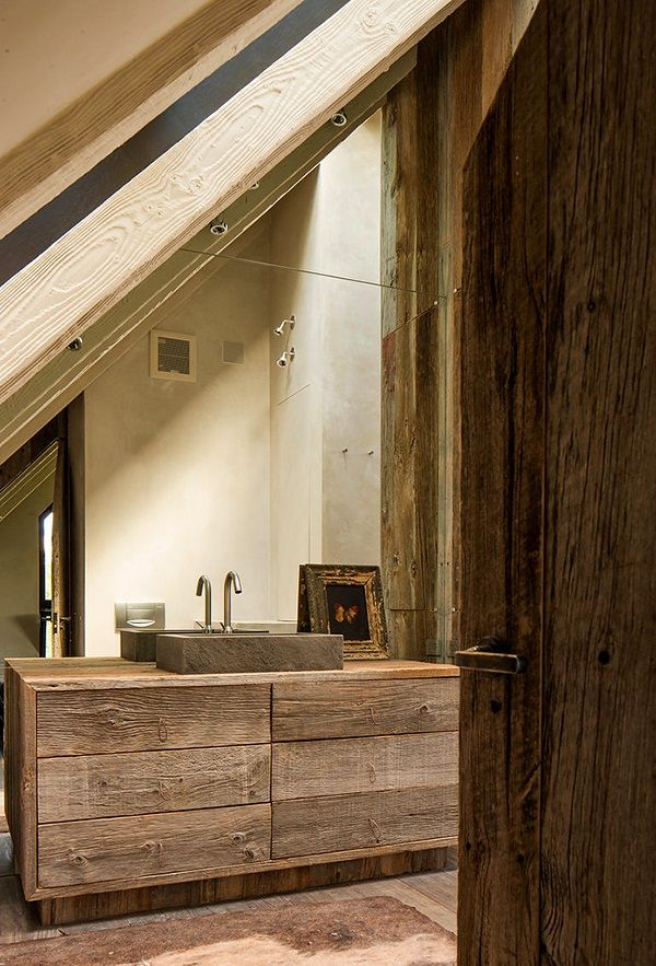 .Rustic materials, modern sophistication and luxury