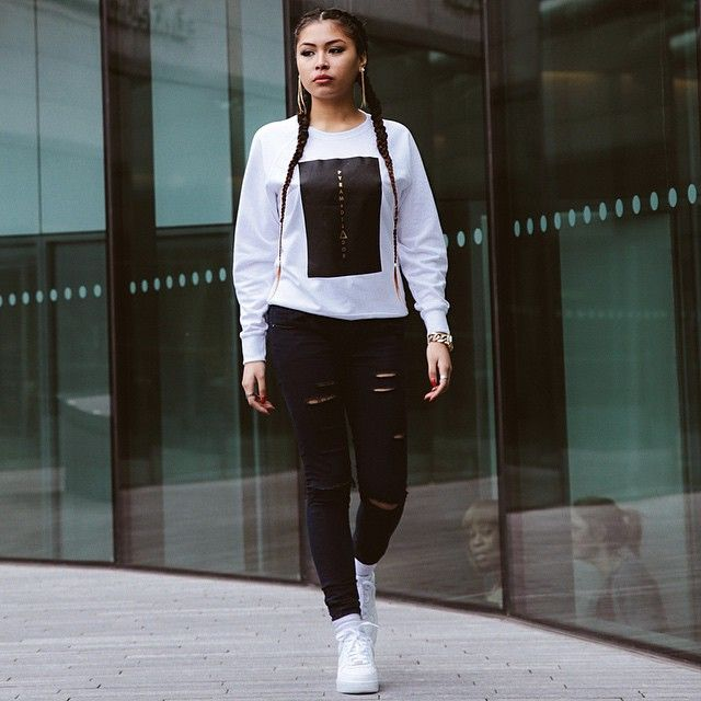 pretty girl swag monochrome black ripped jeans white sweater jumper air force 1 nike air sneakers
