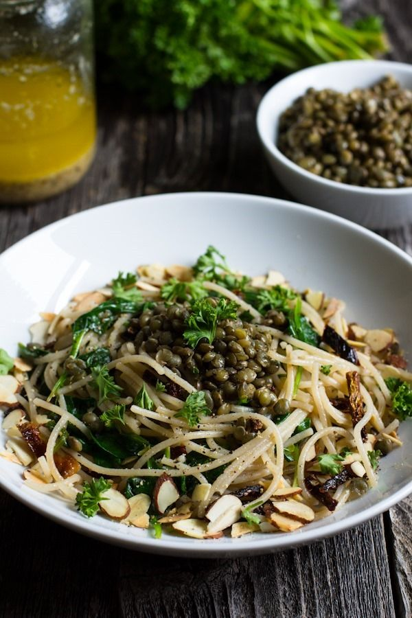 Lemon, Olive Oil, and Roasted Garlic Pasta with Spinach + Lentils | edibleperspective.com #glutenfree #vegan