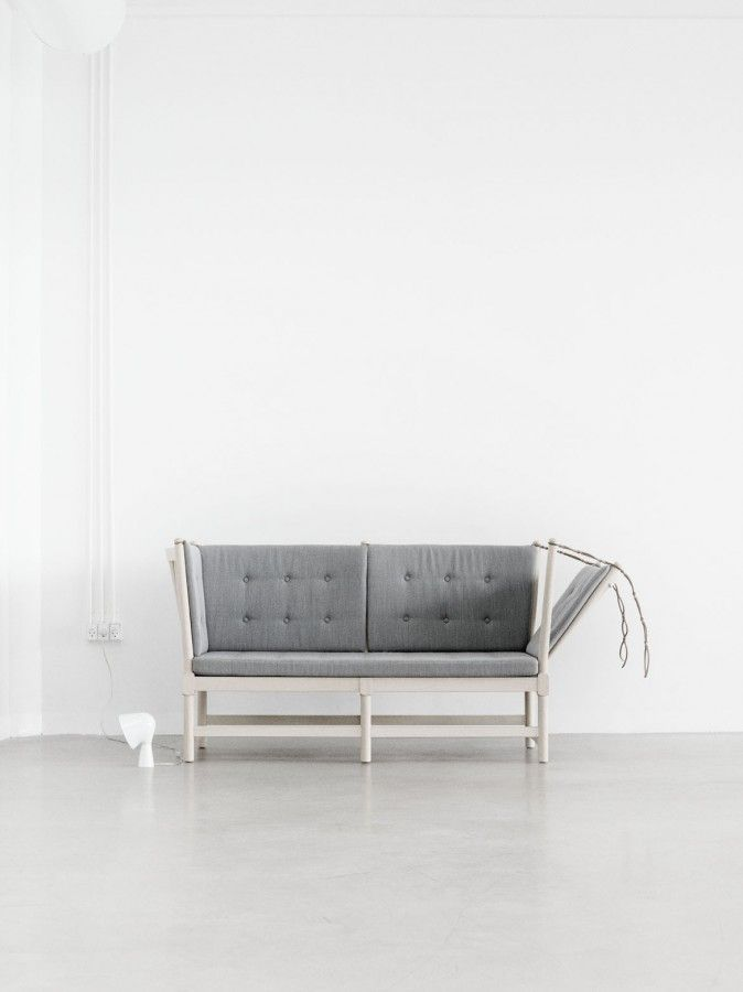 """Tremmesofa"" by Danish furniture designer Børge Mogensen (1914 - 1972) for Frederica Furniture © Photo by Yellows ApS"