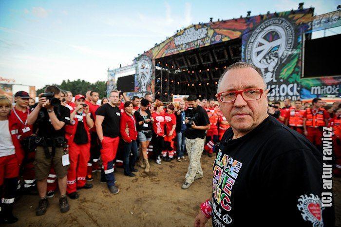 Odprawa Medycznego Patrolu na Przystanku Woodstock z Jurkiem Owsiakiem.