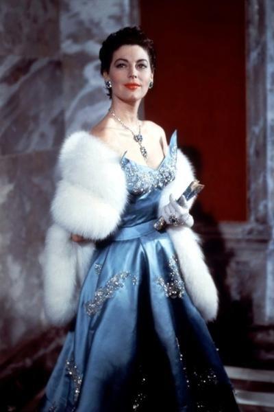 25. Ава Гарднер (Ava Gardner)  24 декабря 1922 г. (Брогден, штат Северная Каролина, США) - 25 января 1990 г. (Лондон, Великобритания)