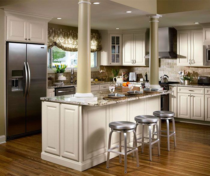 Off White Kitchen Cabinets With Stainless Appliances: Rich And Luxurious ‒ Yet So Inviting. Stately Columns