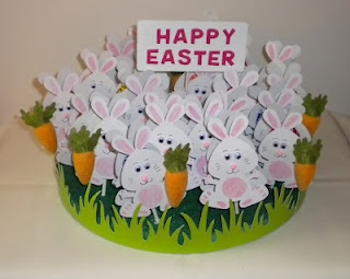 Bunny Sucker Centerpiece- This would be great to make for the kids classes!