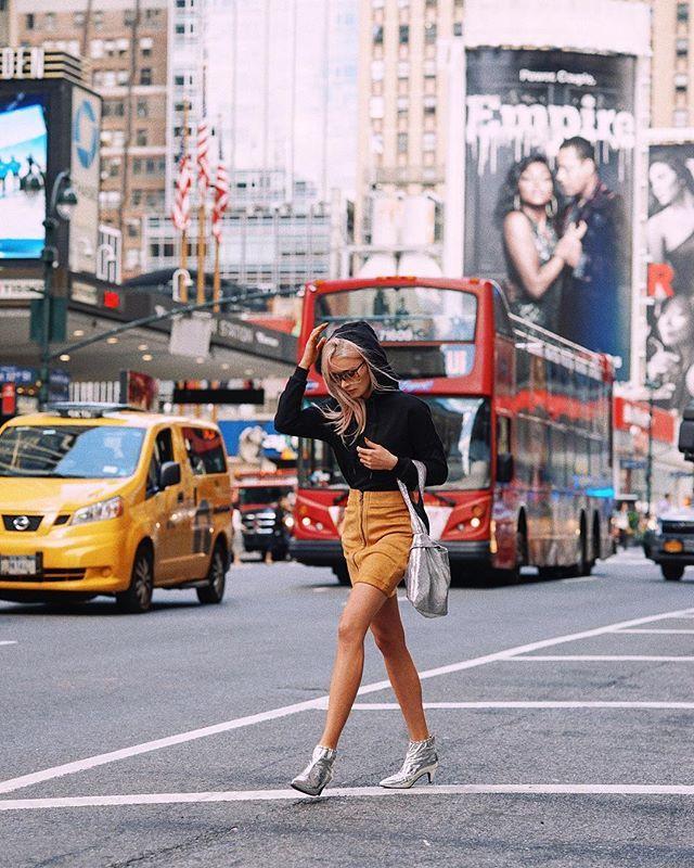 "Instagram media by maffashion_official - #ootd #streetlook #skirt #blouse kolekcja Esmara ""Heidi&TheCity"" #LETSWOW #esmarabyheidiklum 🙌🏼 #maffashioninnyc #nyc"