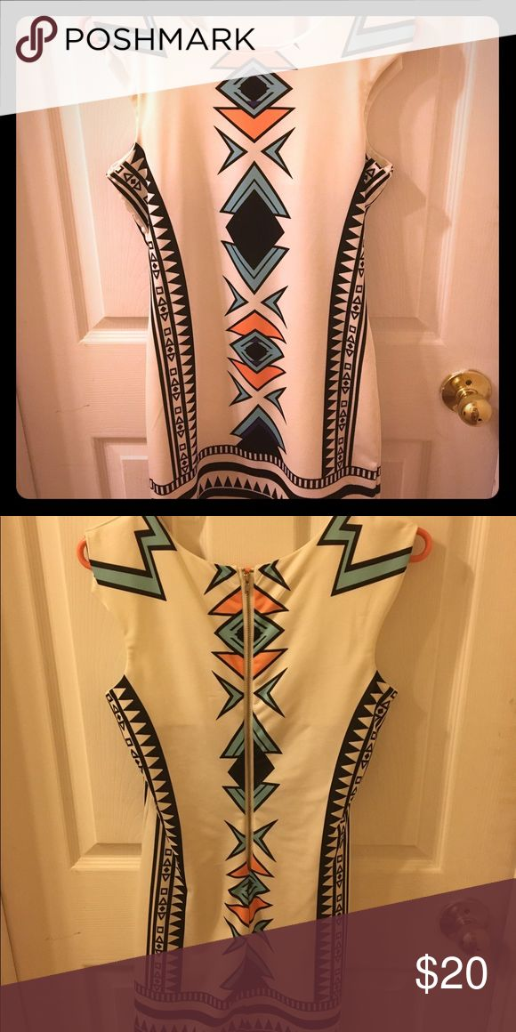 Aztec body con dress Very cute bodycon dress with zipper closure. No tag but fits like a small. Worn once! From an instagram boutique-will send try one or measurements upon request! Dresses Mini