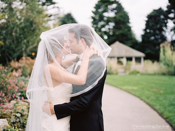 Courtney And Jason Ny Botanical Gardens Wedding Photos