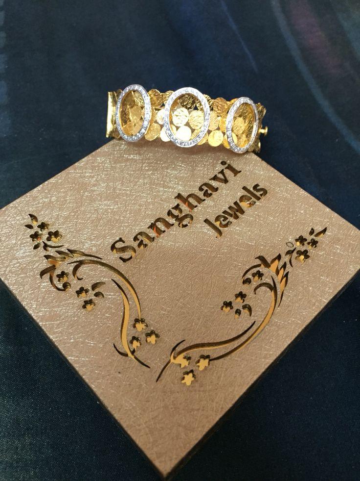Mah bracelet.....so happy...