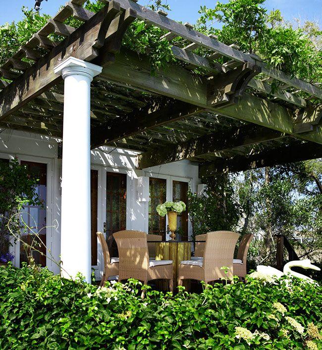 Portico in stile Hampton