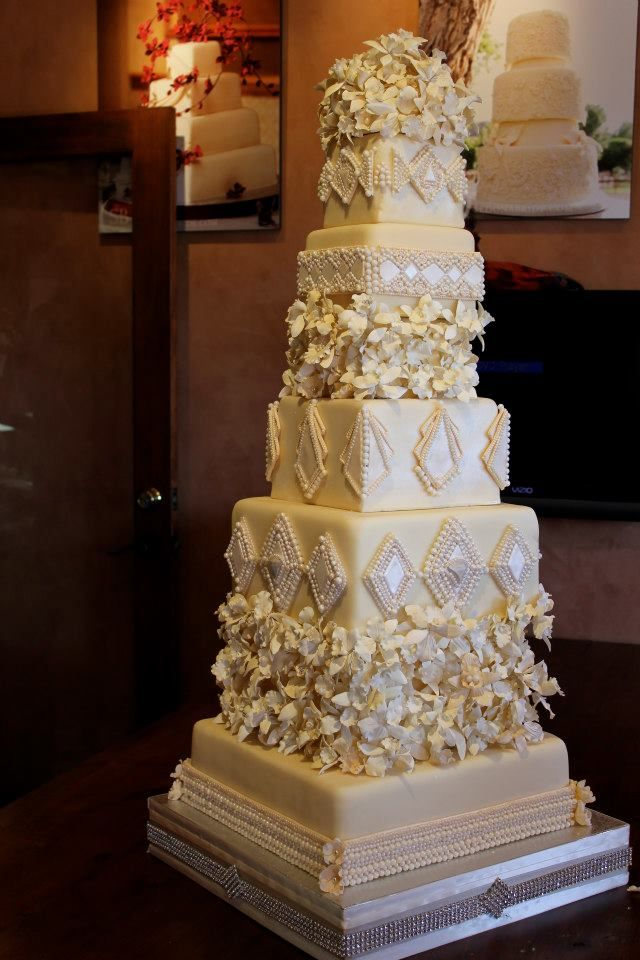 flavors of wedding cakes 513 best images about cake 6 tiers or more wedding cakes 14310