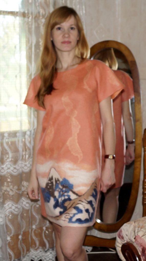 Felt dress in Japan от MagikfeltAntonio на Etsy