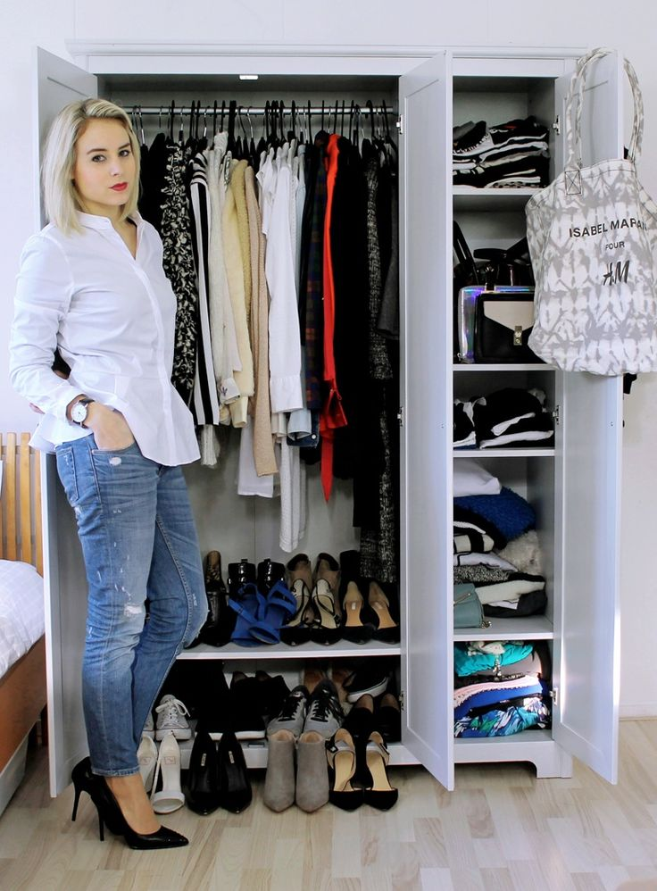 Goal size of closet. I wish I could read article???I think she suggests try to sell items you don't love and if not sold in 3 months, out they go!: