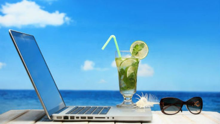 Living the Laptop Lifestyle - ALEX'S TRAVEL & INSPIRATION VLOG