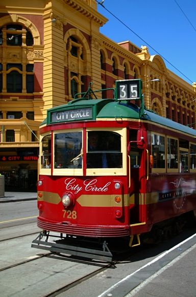 Melbourne's free city circle tram outsidef Flinders Street Station
