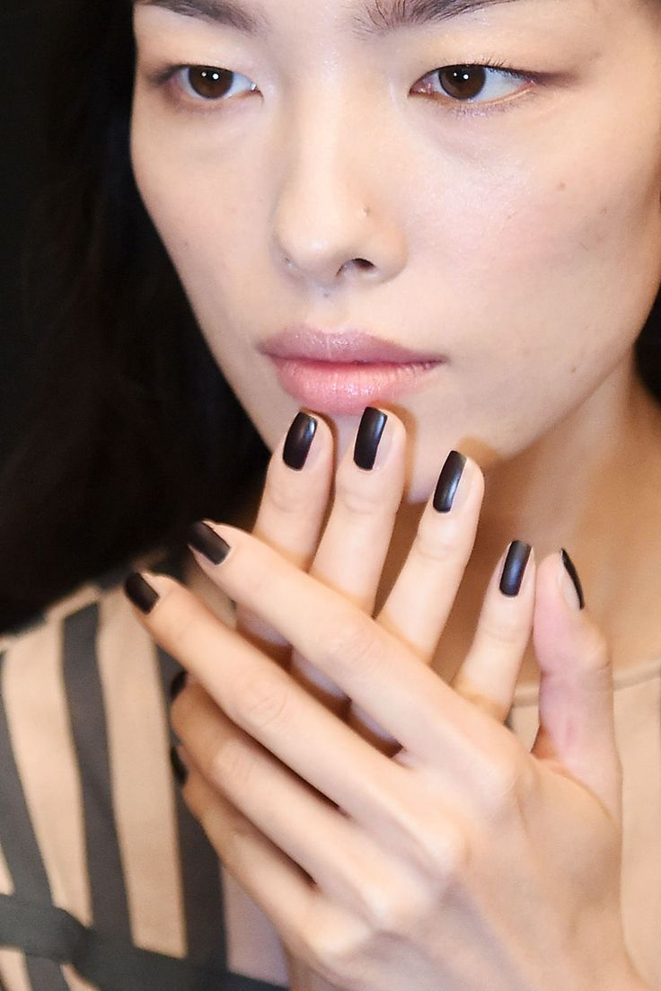 29 best Fashion week Nail art images on Pinterest | Spring nails ...