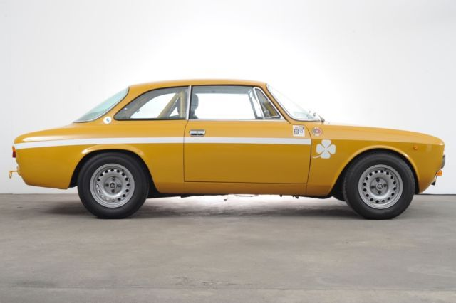 Consignatie oldtimer of youngtimerAlfa Romeo GTV 2000 - thecoolcars.nl