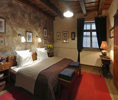 Master bedroom with ensuit bathroom - Luxury Villa Art at Lake Balaton