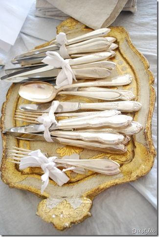 silverware.....such a pretty way to display:)