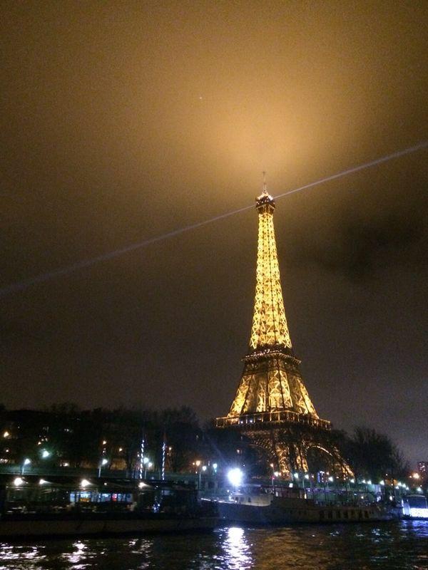 Le tour Efel... París!! Nigth