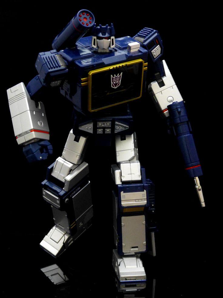 Transformers Masterpiece MP-13 Soundwave