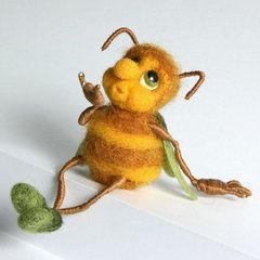 The Bee. -- I love the look of the long skinny legs, but they are so difficult for me to make.