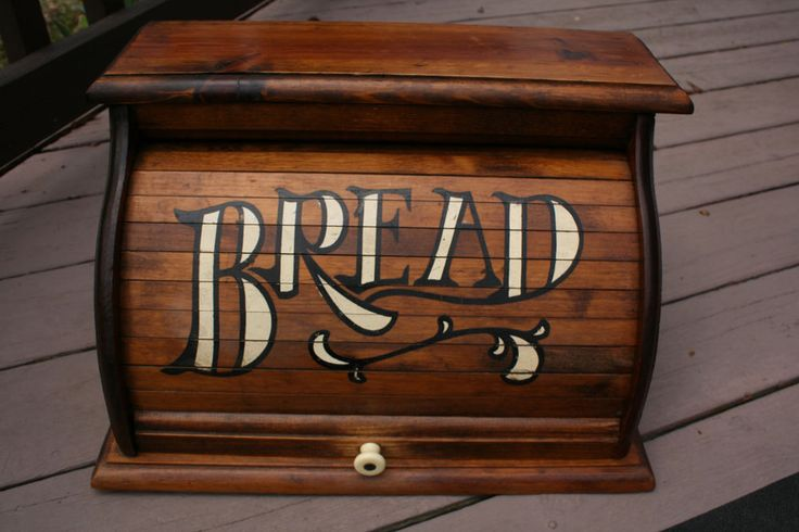 Vntg Wood Rustic Bread Box Roll-Top Nice & Clean