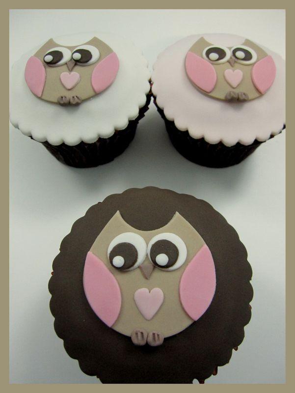 pastelitos búho Inspirado por los diseños de Michelle Cake