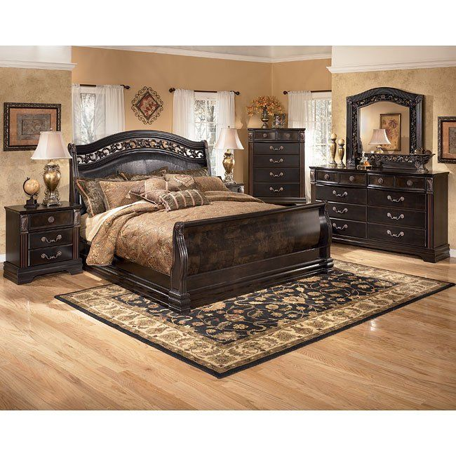 Suzannah Sleigh Bedroom Set With Images Ashley Bedroom
