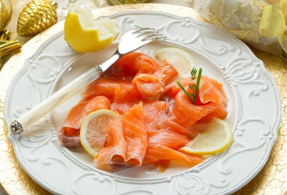 how to eat smoked salmon without bread
