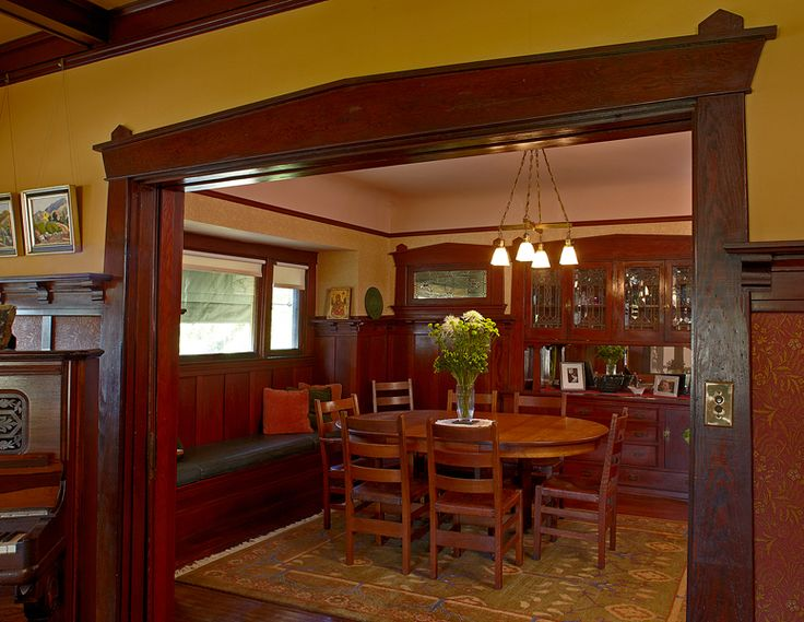 Pasadena Bungalow With Original Woodwork