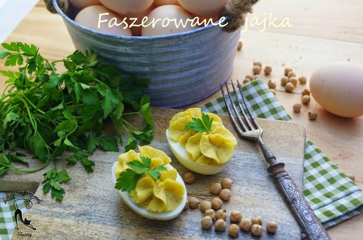 Kulinarne przygody Gatity: Jajka faszerowane z ciecierzycą