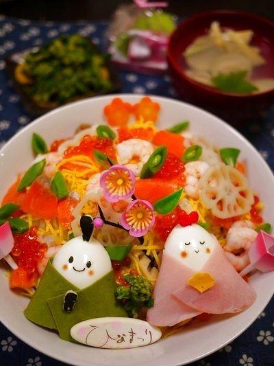 卵でできたお内裏様とおひな様がキュート♡子どもが喜ぶひな祭りのちらし寿司♪